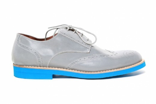 For the Gentleman Cyclist, Del Toro Makes Wingtips Relfective